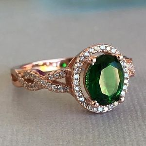 Oval Emerald Green Infinity Band Rose Gold Ring